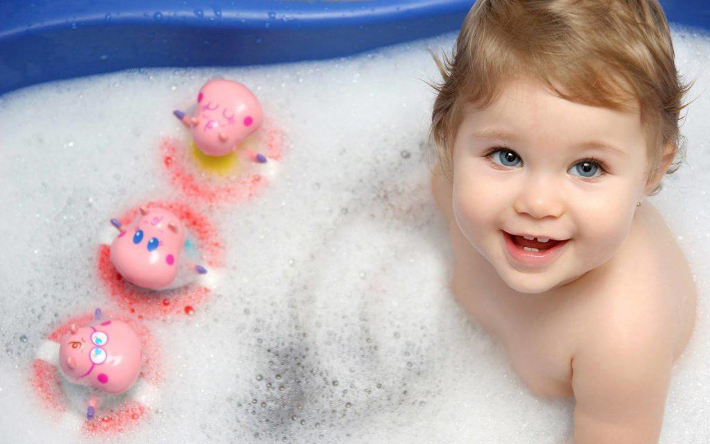 Как купать ребенка
